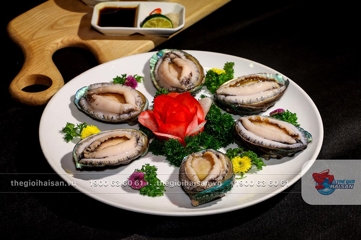 Bào ngư Hàn Quốc hấp dẫn tại Thế giới hải sản