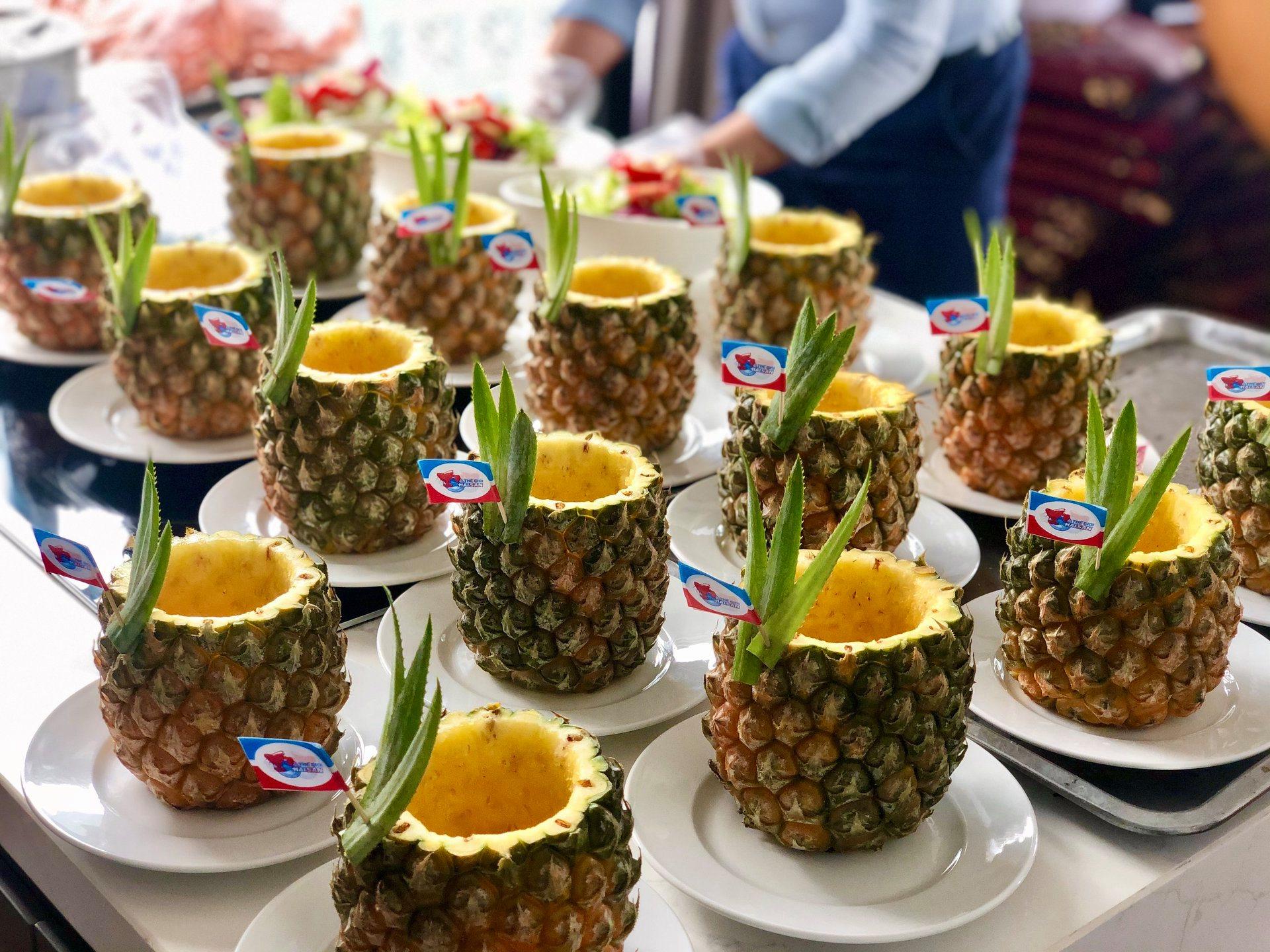 Tiệc tại gia được phục vụ theo chuẩn nhà hàng